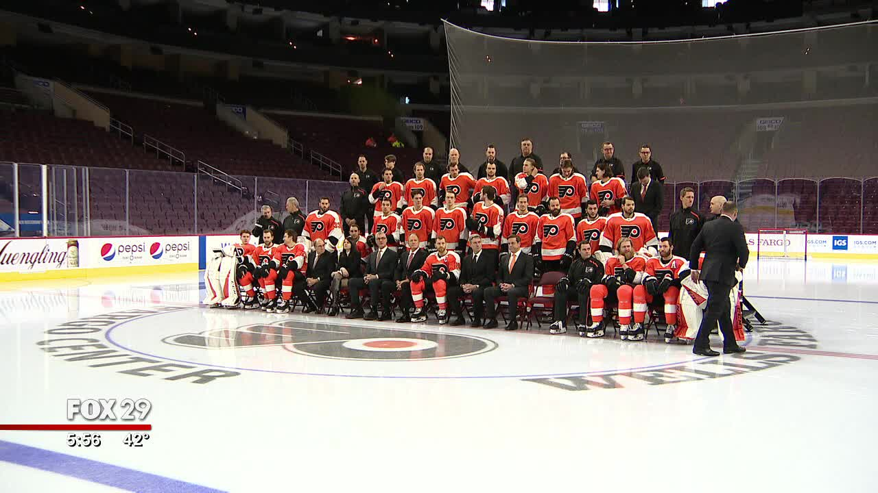 100-year-old Flyers fan invited to join team photo