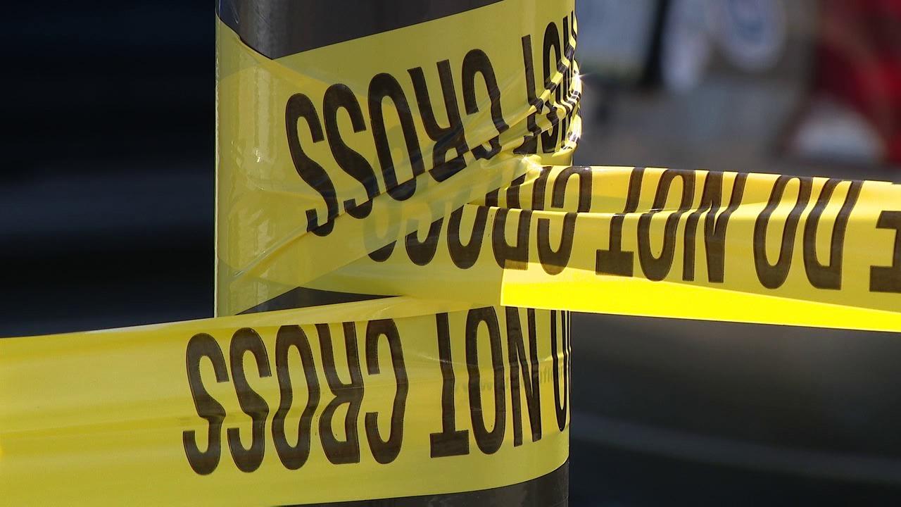 Man, 20, shot dead in North Philadelphia; suspect sought