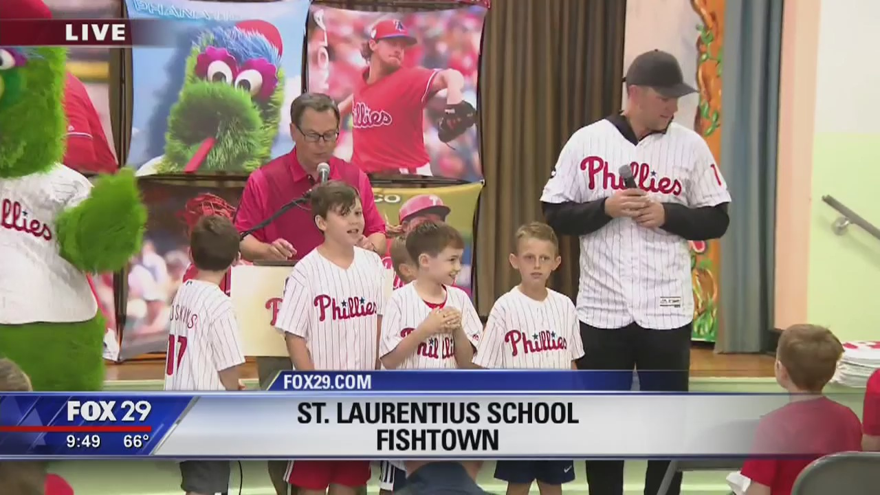 Kelly's Classroom: Phillies first baseman Rhys Hoskins visits St. Laurentius School