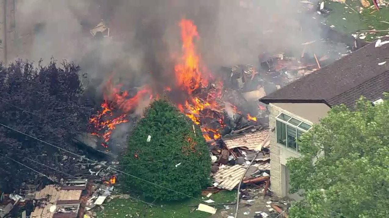 Prosecutor: Man pulled from debris after NJ house blast dies