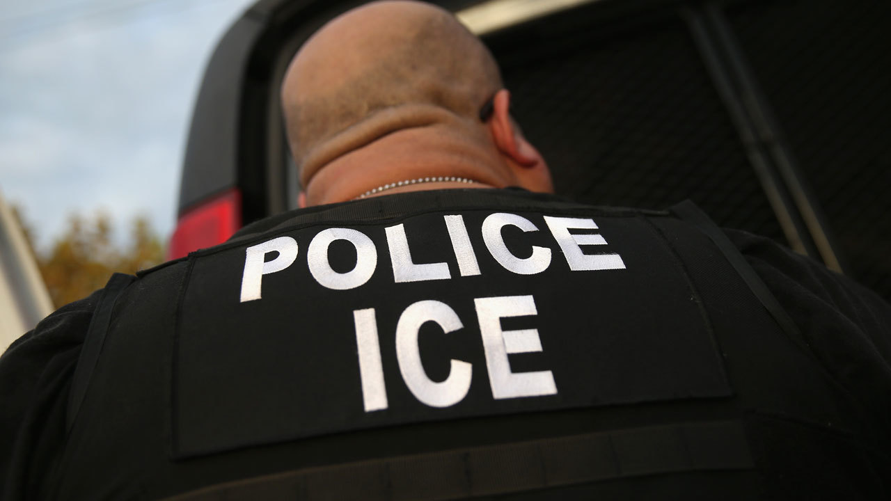 ICE to round up migrant families for deportation in 10 cities across US starting Sunday