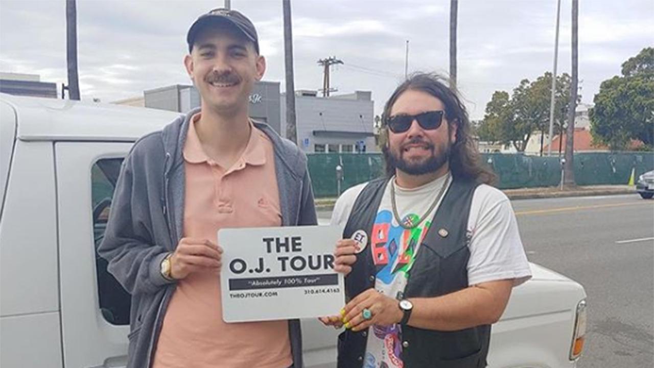 Tourists flock to OJ Simpson tour of LA in white 1994 Ford Bronco