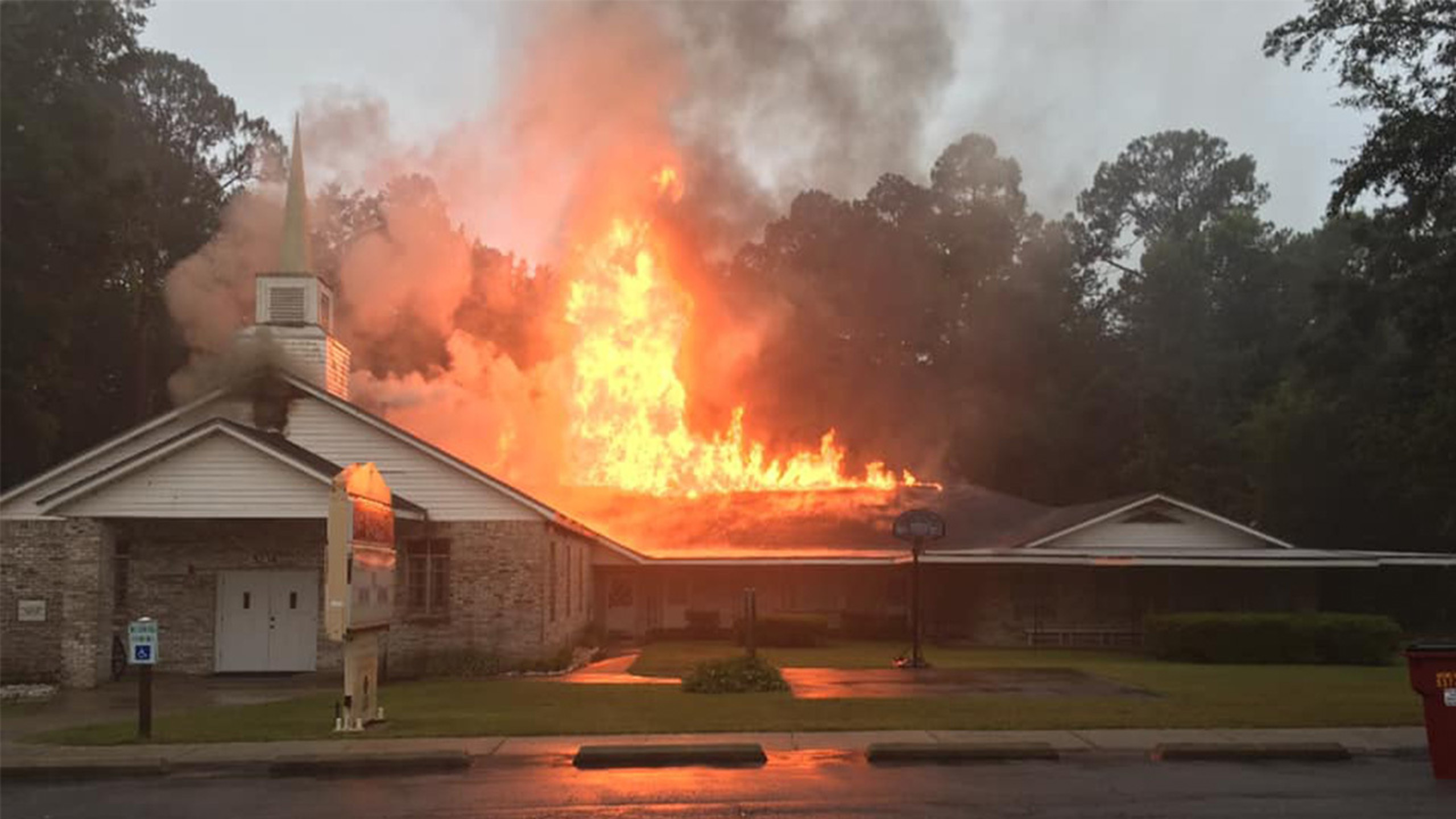 Florida church is a 'total loss' after fire caused by lightning strike